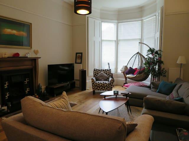 4 bedroom Victorian house to rent - Glasgow