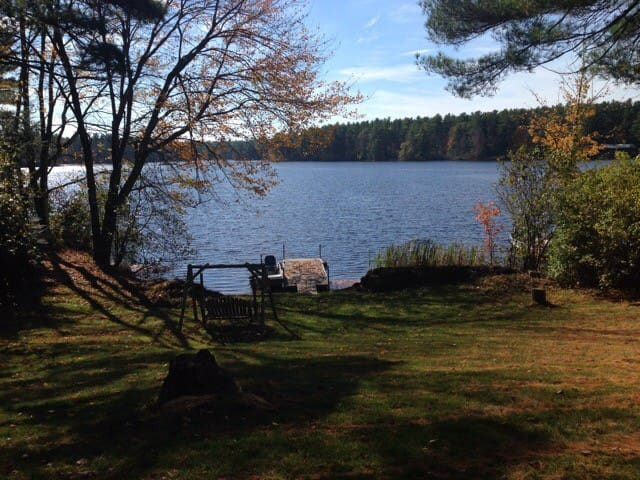 Cute Maine Cottage on Lake 10min to Apple Orchards