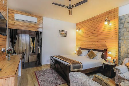 "JASMISH COTTAGE.  Room:-""JAS "" Luxurious & Cosy"