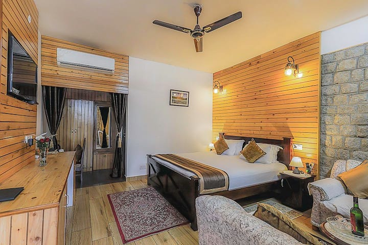 "JASMISH COTTAGE.  Room:-""JAS "" Luxurious & Cosy"