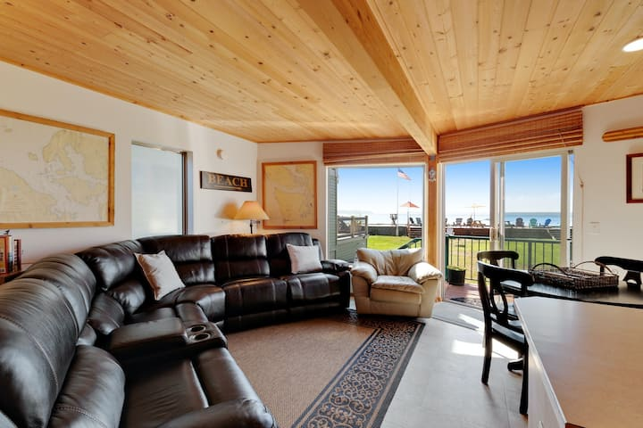 Charming beachfront home with ocean and mtn. views, firepit, private gas grill!