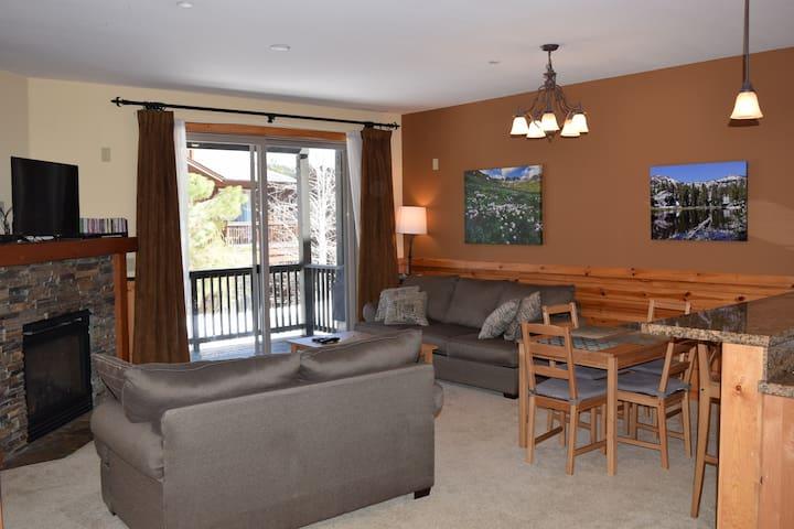 Truckee Condo in the Boulders-Great Location! - Truckee - Appartement en résidence