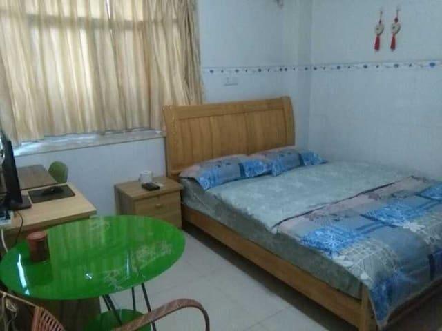 拱北口岸小雪家庭式公寓 - Zhuhai - Byt