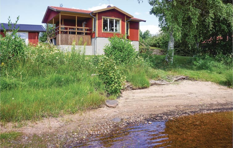 Holiday cottage with 3 bedrooms on 52m² in Gällstad