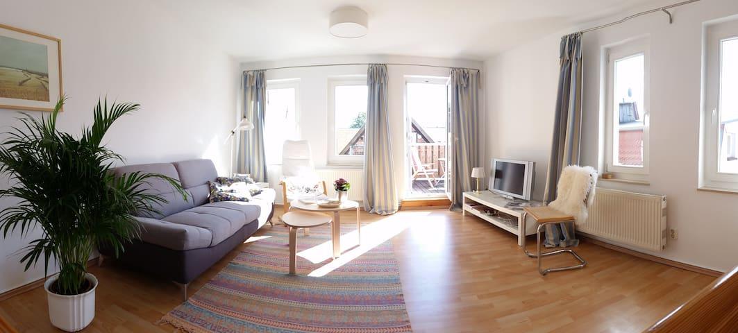 Sonnige Maisonettewohnung in ruhiger Altstadtlage - Güstrow - Appartement