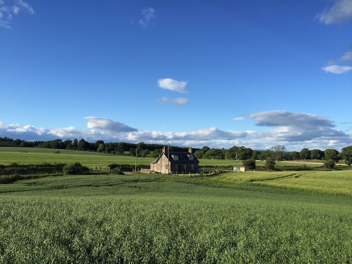 Blackhill Cottage, Near Bankfoot, Perthshire