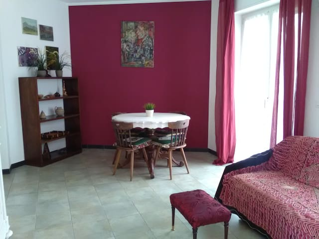 LUCREZIA 2-rooms apartment free  PARKING and wi-fi