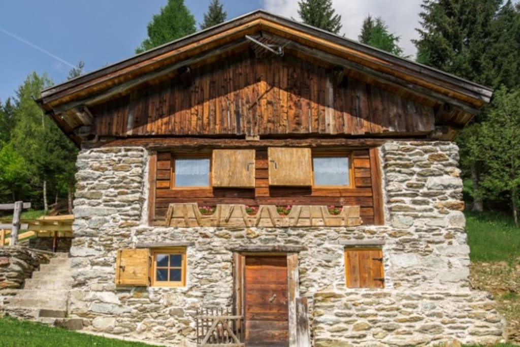 baita orna cabins for rent in telve di sopra trentino