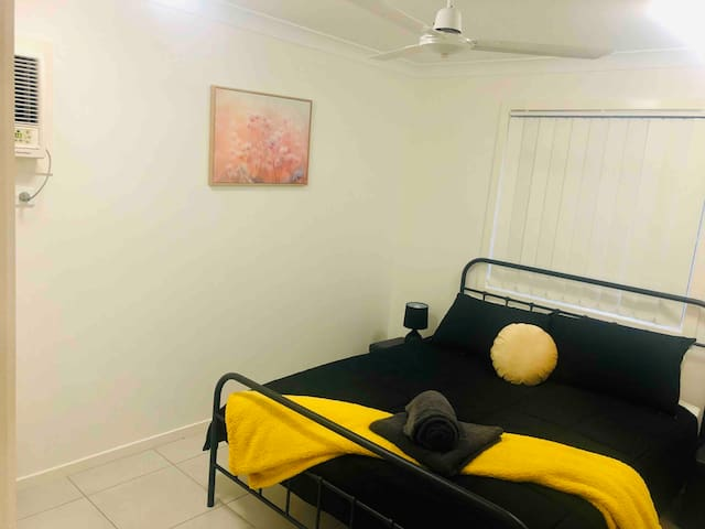 ♥ Perfect Town House for Everyone, Fast NBN ★★★★★