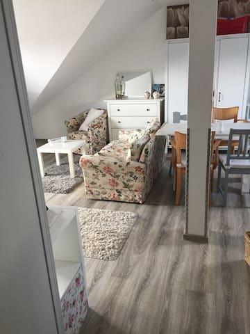 Gemütliche Wohnung Landhausstil - Diez - Departamento