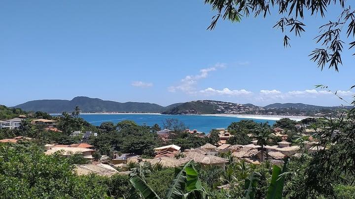 Vista mar a 250m da praia de Geriba e Ferradurinha