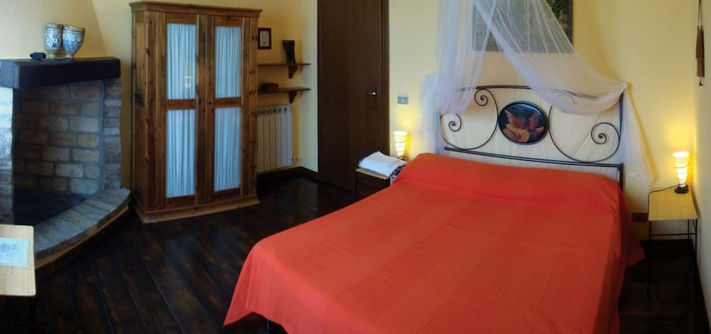 """Private Room """"Stanza del Vento"""" @AgriCeraunavolta"""