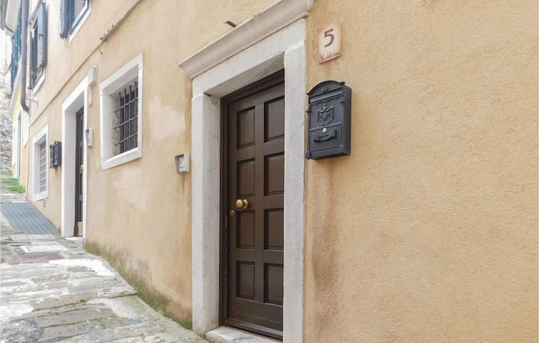 Terraced house with 1 bedroom on 65 m² in Trieste TS