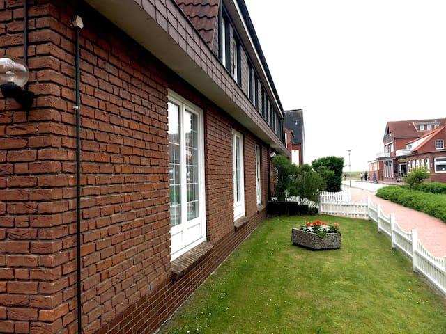 94qm Wohnung im Landhaus Gertrude mit WLAN + SKY - Juist - Apartment