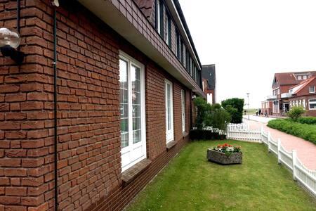 94qm Wohnung im Landhaus Gertrude mit WLAN + SKY - Juist
