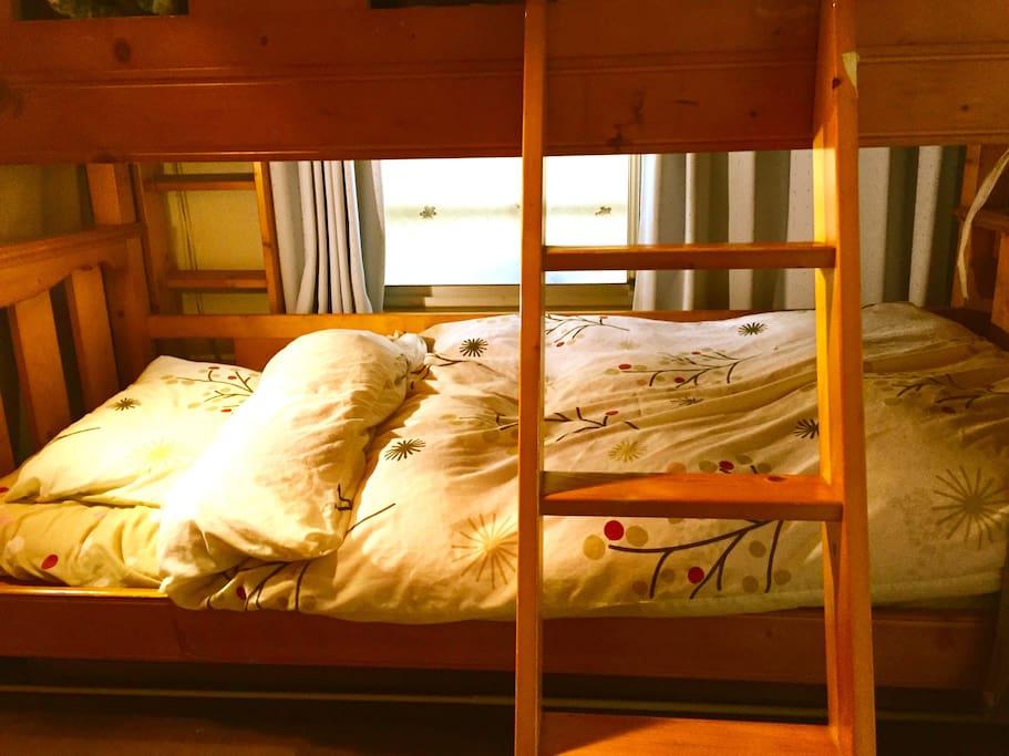 D2 Bed