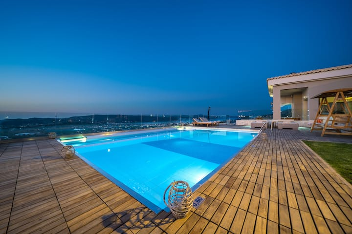 Villa Kedria with a private heated pool