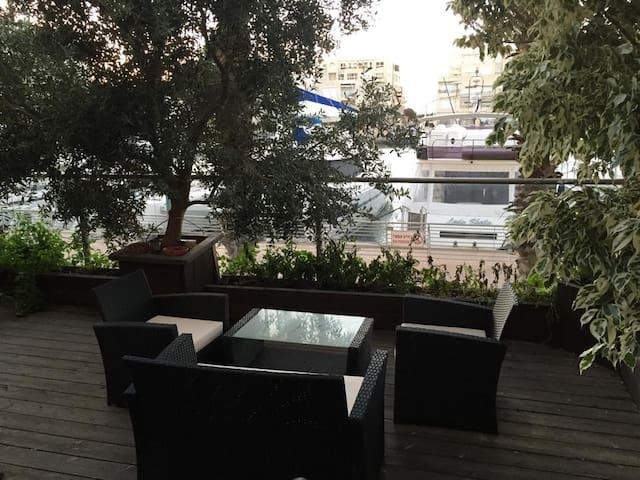 Luxurious apartment overlooking Herzliya port - Herzliya - Huoneisto