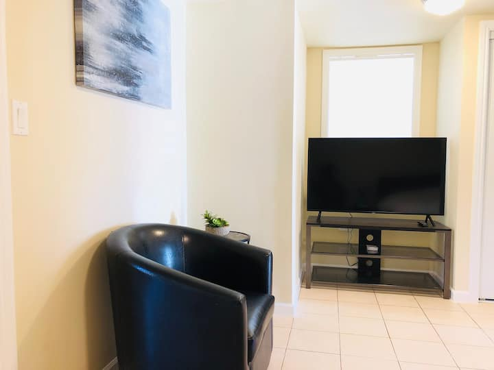 ♥New Guest Suite - Close to Airport & BART/CAL