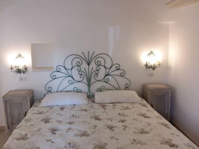 Una delle camere da letto.
