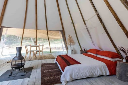 Brunswick Sioux Tipi - Romantic