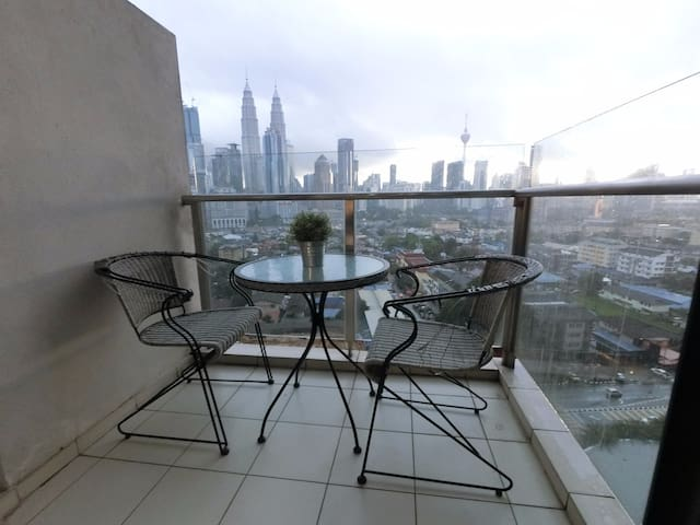 2BR KLCC Twin Tower View Serviced Residences