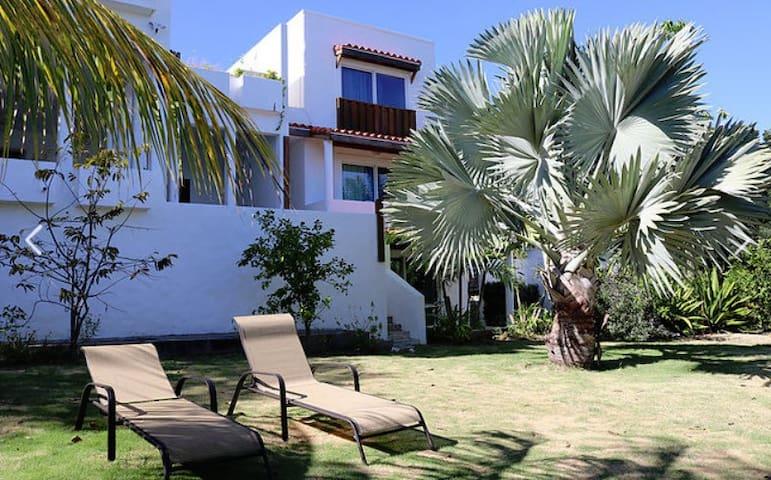 use of garden & virtually  private beach