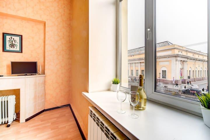 Longo Apartment Грибоедова 9  - studio