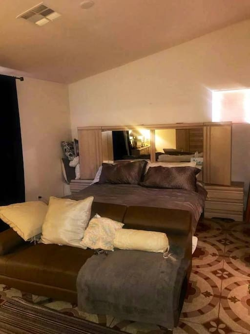 Master Bedroom w/ Couch-  Private 2 sink Bathtub/shower + 55inch wall mounted Vizio