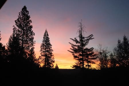 Beautiful retreat in the foothills. - Nevada City - Byt