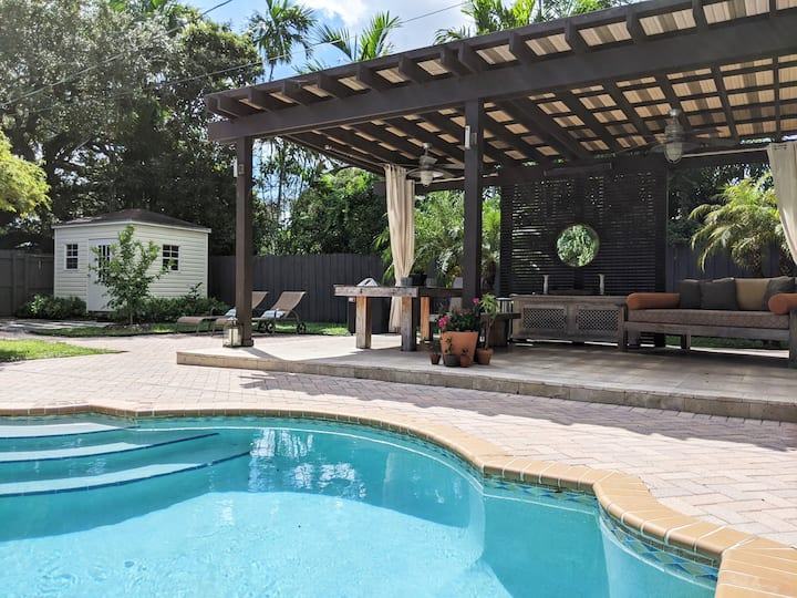 Private clean home w/ pool oasis in Little Gables