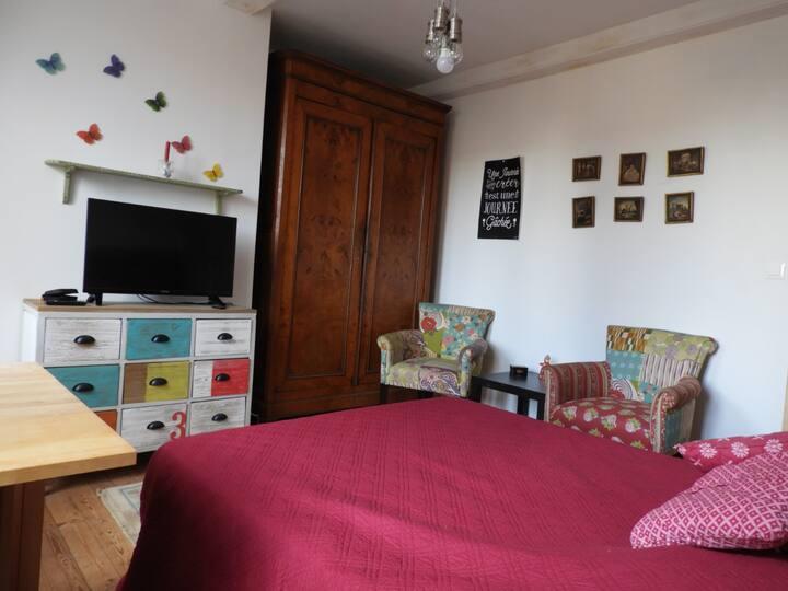 Chambres privées dans maison de ville