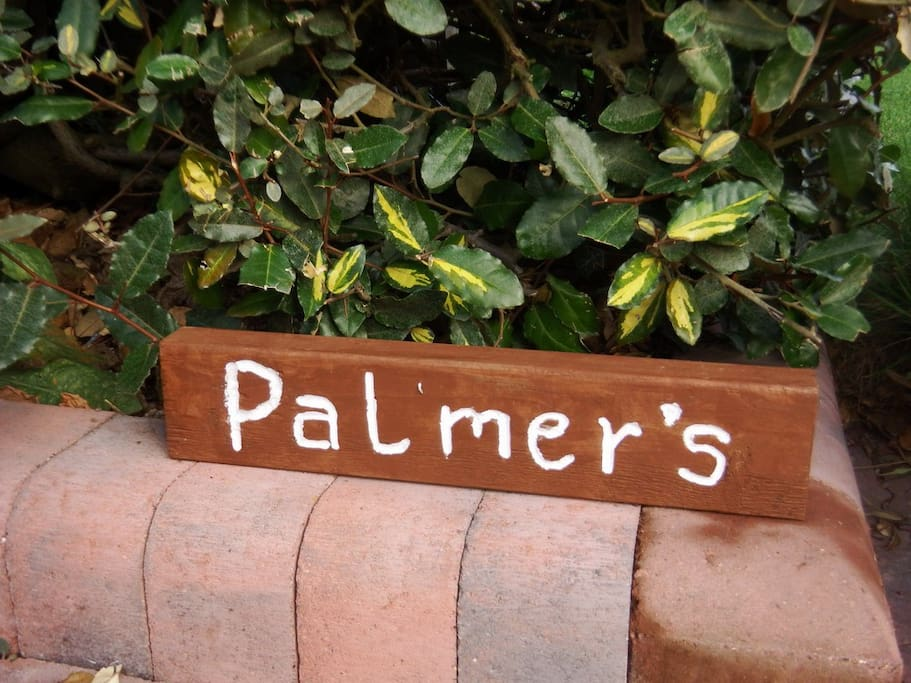 "Welcome to ""Palmer's"" in Birdham, Chichester. Set in a private road in a quiet village, this large family house will comfor tably sleep 10-12 and easily more!"