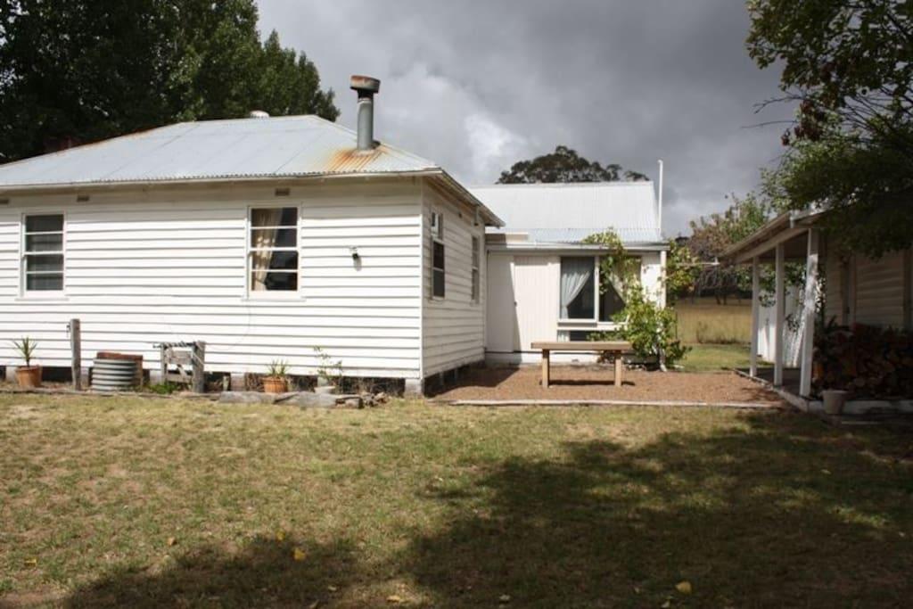 Shearers Cottage  3 Bedroom 1 bathroom