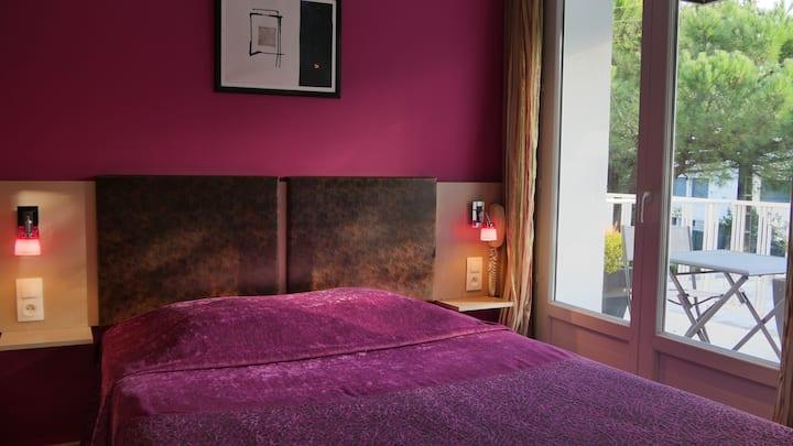 Chambre d'hôtel lit double