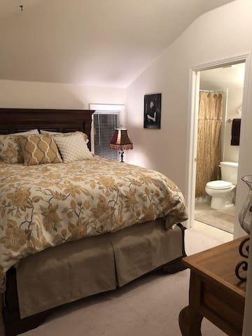 Guest Suite in Cherry Creek/Denver