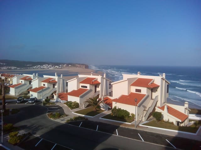 House with views to the sea and the lagoon - Foz do Arelho - Apartemen
