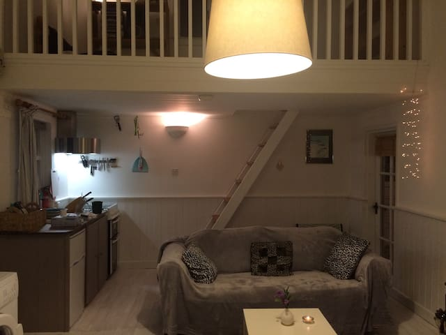 The Cowhouse @ Willow Cottage - Naas