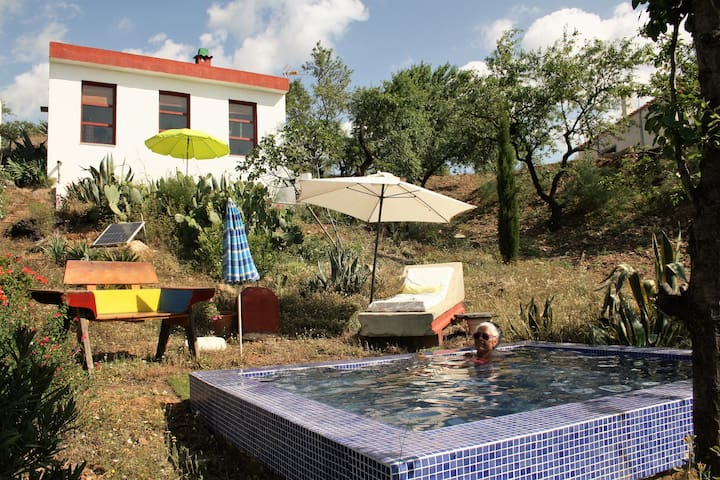 "Farmhouse ""La Alcandora"""