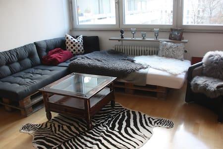 Cozy 2-Room Appartment in Neuhausen - Munich