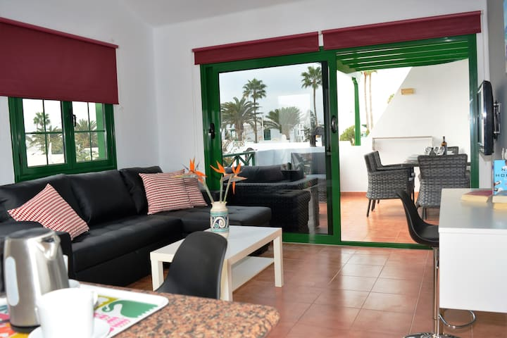 Plus Puerto del Carmen Share Pool wifi Terrace 37!