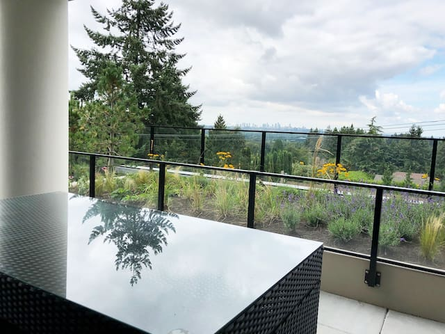 NEW 3 BED STEPS TO SKYTRAIN STATION WITH 2 PARKING