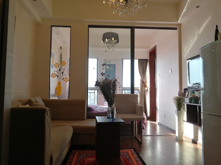 滇池民族村风景区南亚风情园地铁观鸥阳光公寓