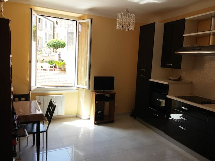 New apartment located on the border of Monaco
