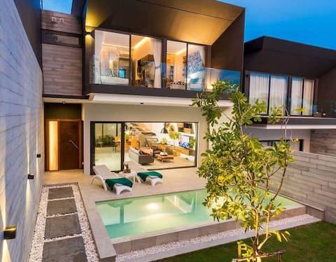 Gorgeous Boutique 3 Bedroom Pool Villa Near Kpower