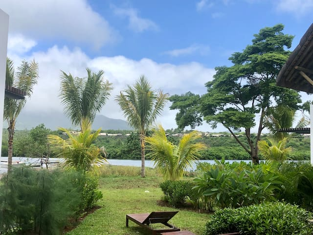 Waterfront 3-bedroom duplex with pool