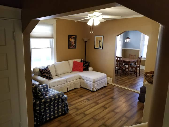 Downtown Tulsa Apartment - Close to everything!