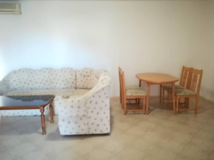Апартамент с една спалня в гр. Ахелой - 66 кв.м.