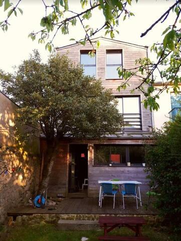 Maison, 4 chambres, jardin avec SPA - centre-ville