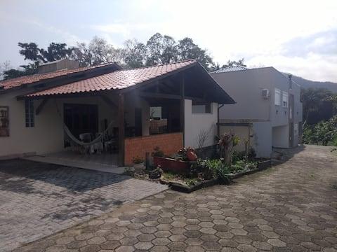 Ambiente familiar aconchegante em Florianópolis